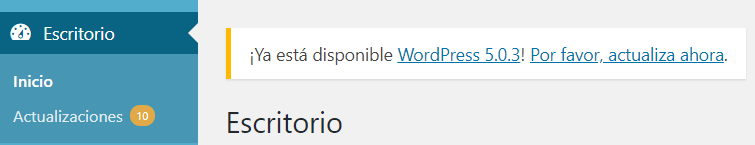 Actualizar WordPress - Mantenimiento web - Captura de un fragmento del panel de control de WordPress donde se ve que hay 10 actualizaciones pendientes y que ya está la versión de WordPress 5.03 disponible.